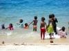 kenija-tanzanija-zanzibar-otroci-na-plazi