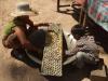08. Kambodža - izdelovanje okusnih palminih sladkorčkov