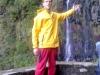 Madeira-Rabacal-Risco, vodnik Nejc pred slapom