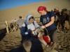 V puščavi Gobi na kamele