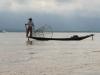 19-Ribič v jutranji spokojnosti, Jezero Inle
