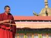 01-tiba-budisticni-menih
