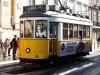 03-Portugalska-Lizbona-tramvaj na poti v staro jedro
