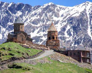 Gruzija-Kazbegi-Gergeti