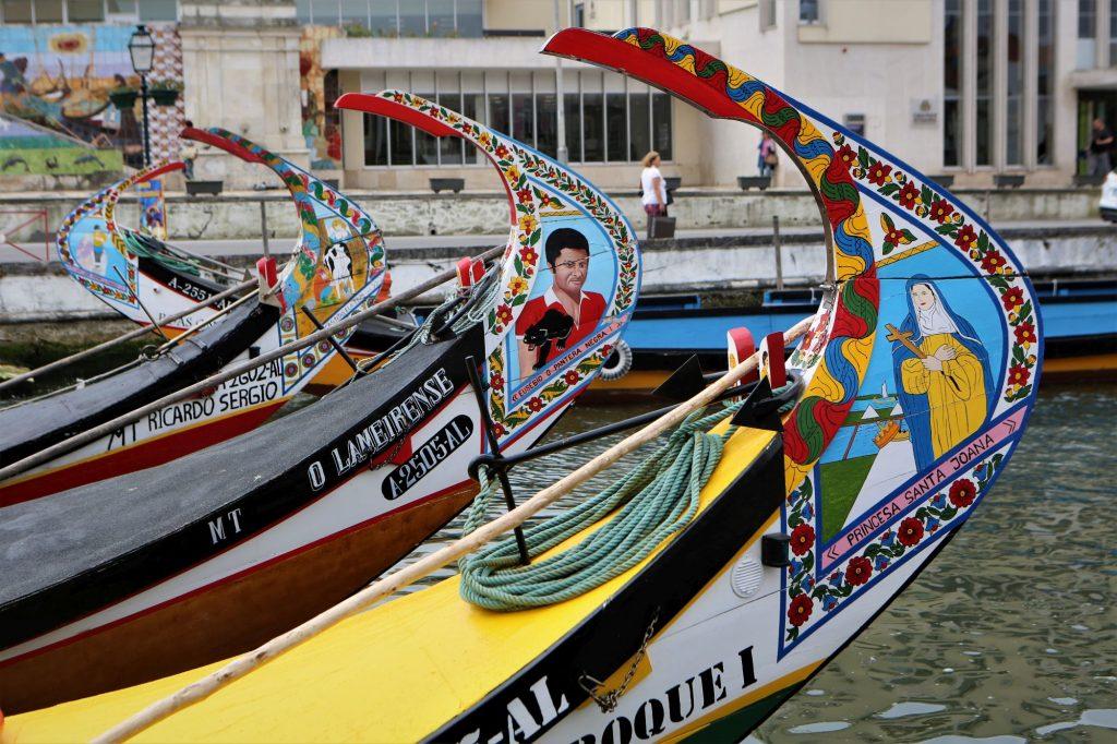Portugalska- pisani čolni v Aveiru