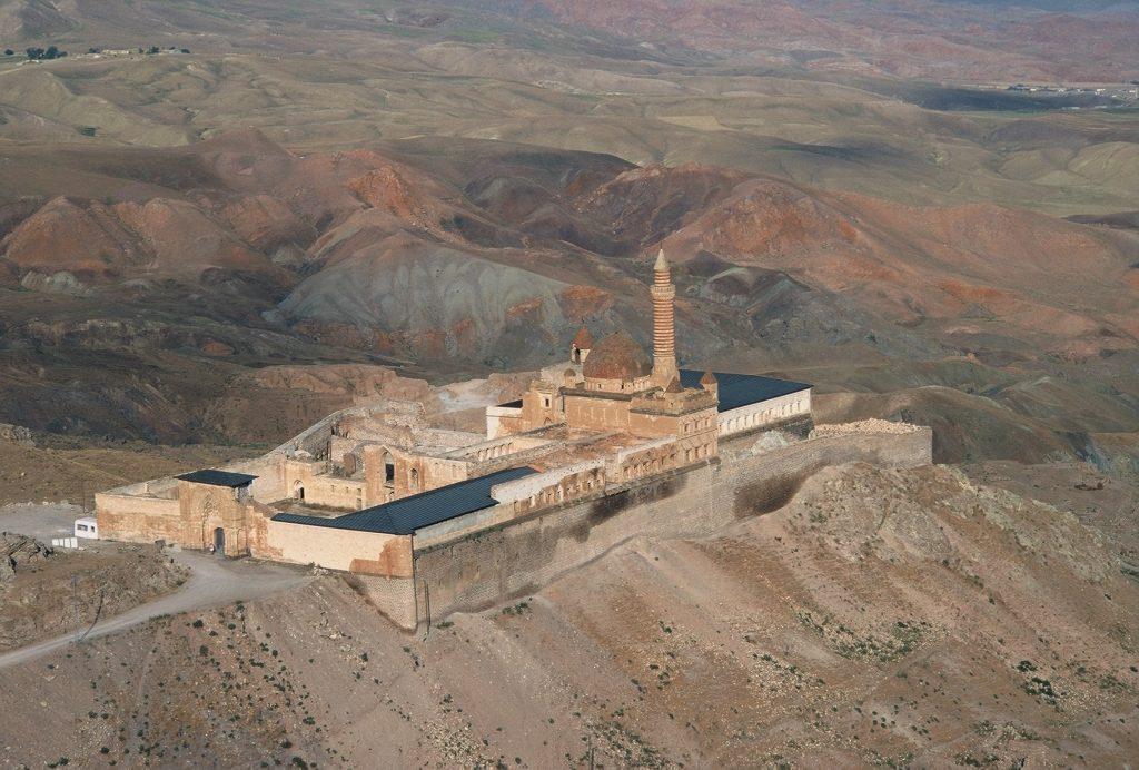 15-vzhodna Turčija-palača Izaka paše-brezčasna veličastnost na karavanski poti svije in začimb