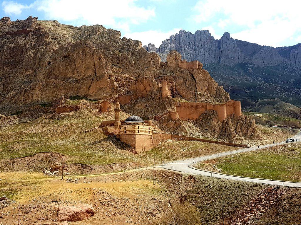 Vzhodna Turčija-Urartska trdnjava-speča lepotica v izgubljenem kraljestvu