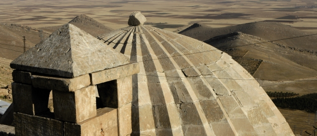 25-vzhodna Turčija-Mardin-medresa visoko nad mezopotamskim prostranstvom
