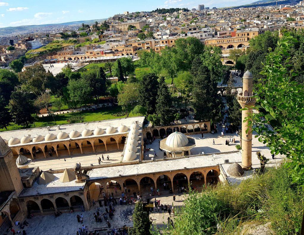 31-vzhodna Turčija-Šanliurfa-rojstna jama preroka Abrahama