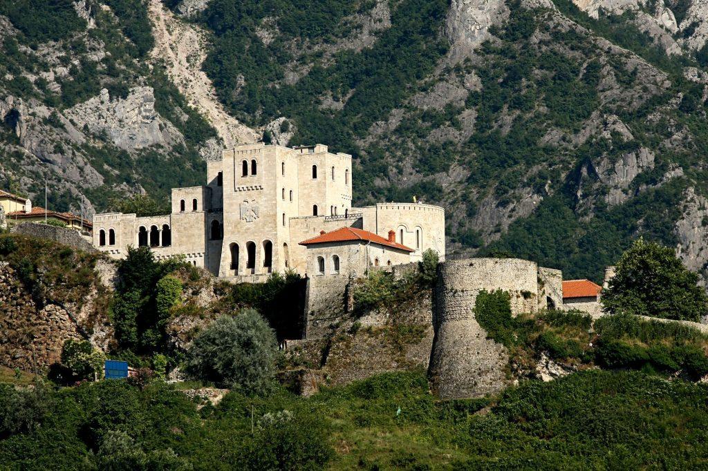 BALKAN - Albanija-Kruje-trdnjava