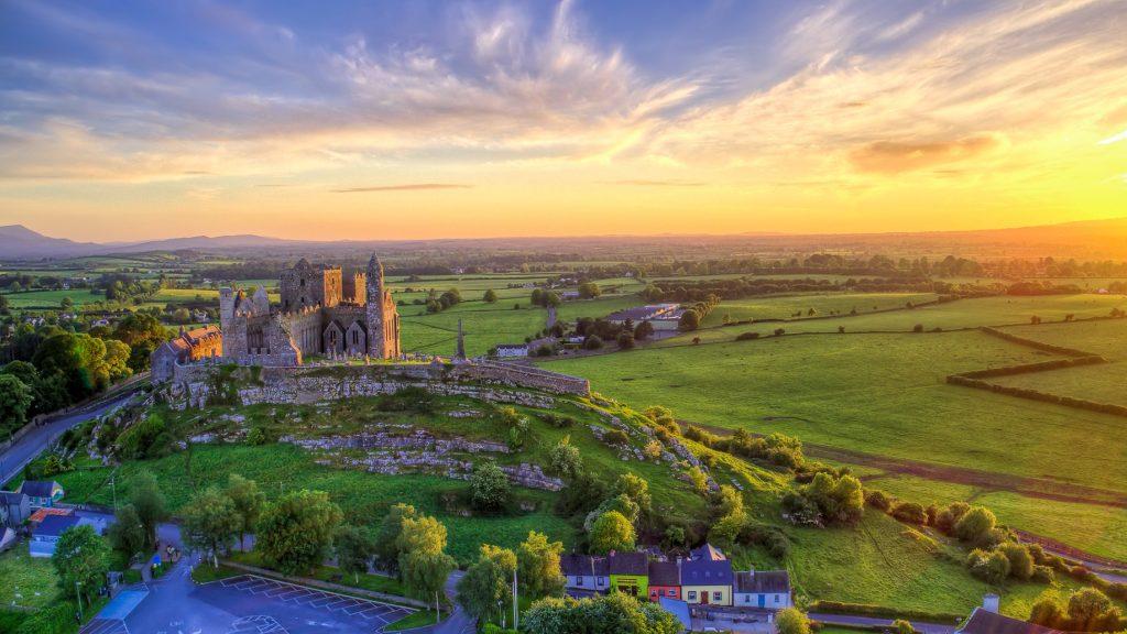 Irska- Rock of Cashel castle
