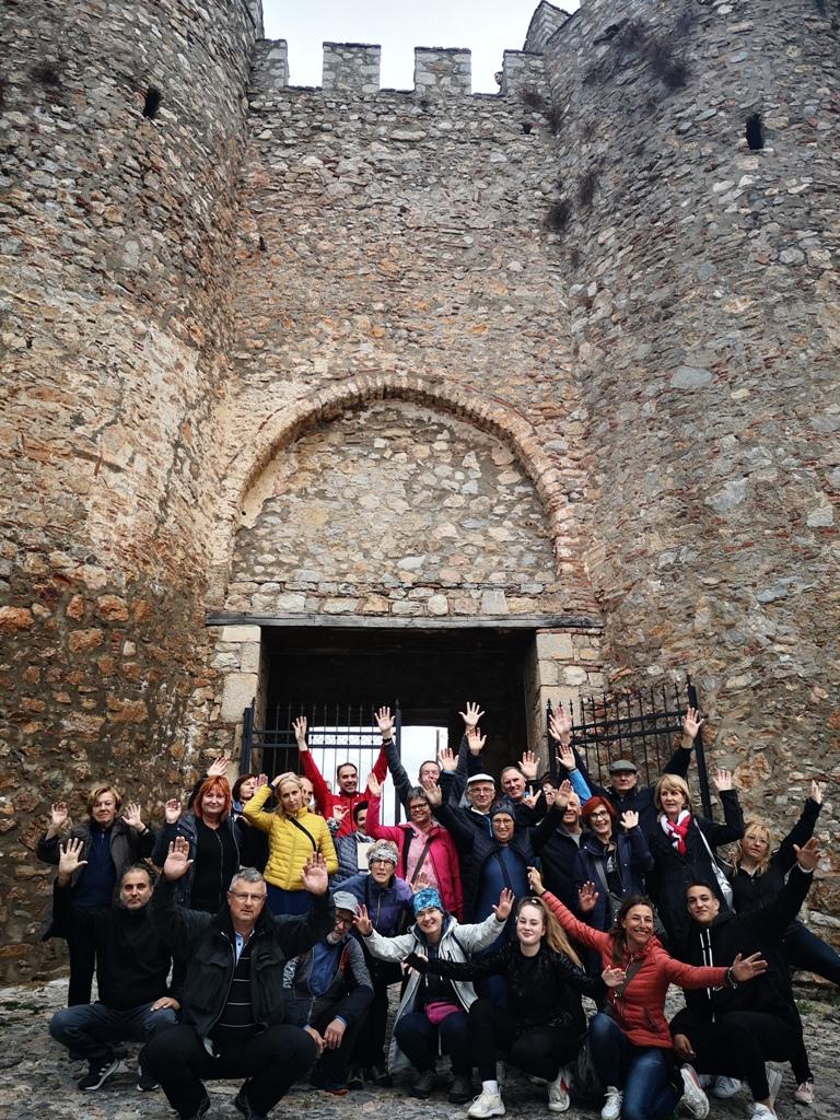 11 Vseh 27 pred Samuelovo trdnjavo - Vtisi potnikov z oktobrskih potovanj - 2. del