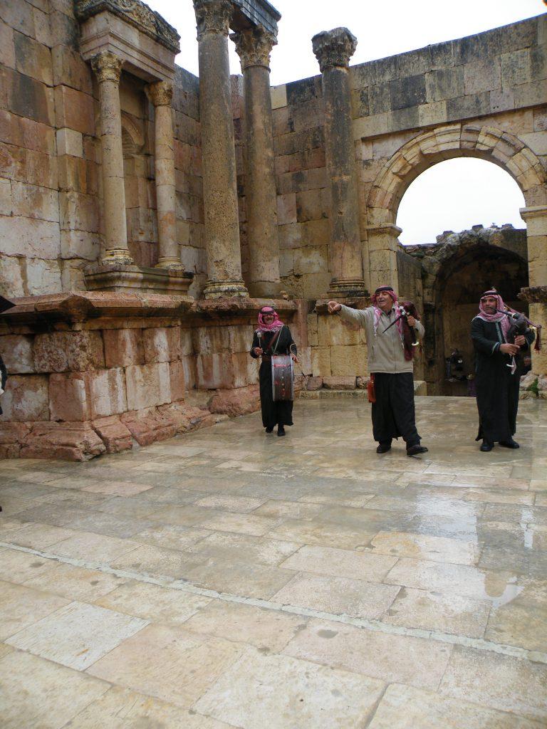 Jeraš - v dežju so nas razveselili muzikantje