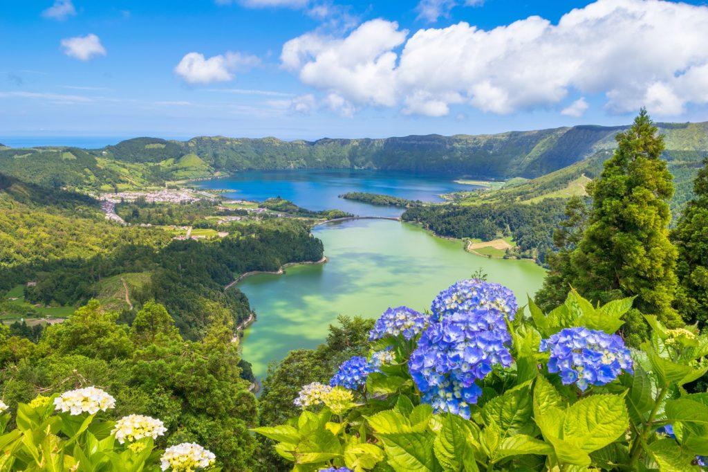 Azori pogled na jezera Sete Cidades 1024x682 - Doživeti Azori