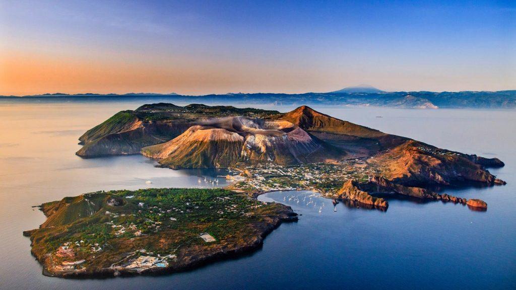 13 Sicilija Eolski otoki 1 1024x576 - Oskarjevci PRVI turisti na Siciliji!