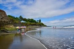 09.-Kolumbijska-obala-Pacifika-ki-z-svojo-nenavadnostjo-za-vedno-ostane-v-spominu.