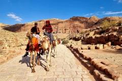 Jordanija - Petra - kamele nekdaj in danes