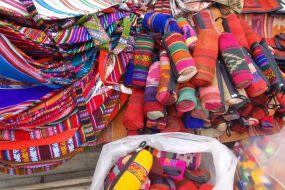 Bolivija- Tarabuco market