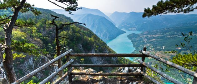 Srbija-Kanjon reke Drine