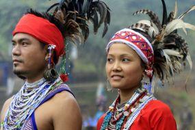 Bangladeš-GARO-tradicionalno oblačilo