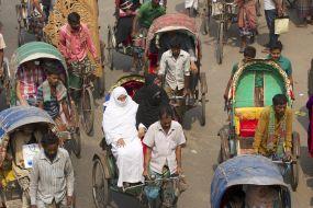 Bangladeško prevozno sredstvo - Rikše v Dhaki
