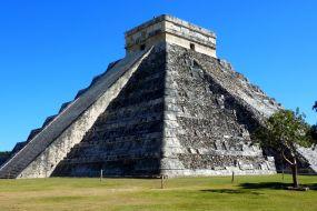 Mehika- El Castillo, Chichen Itza