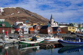 Islandija-Husavik pristanišče