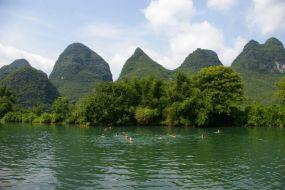 Kitajska in kopanje v reki Li - Yangshuo