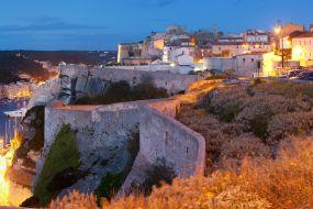 Korzika-Bonifacio v sončnem zahodu