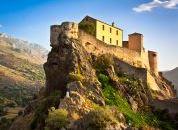 Korzika-Corte trdnjava