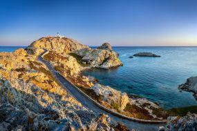 Korzika-Ille Rousse panorama s cesto