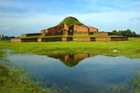 Paharpur-najstarejši budistični samostan