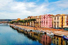 Sardinija-Bosa-ob reki