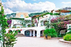 Sardinija-Costa Smeralda-Poltu Qualtu