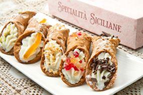 Sicilija-hrana-canoli