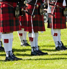 Škotska-kilti