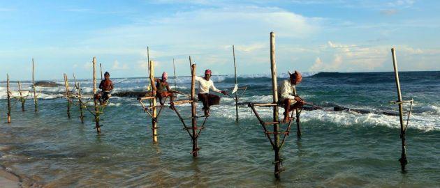 Šrilanka - ribiči na kolih