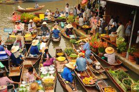 Tajska-plavajoča tržnica