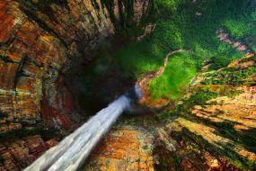 Venezuela-Dragon Falls