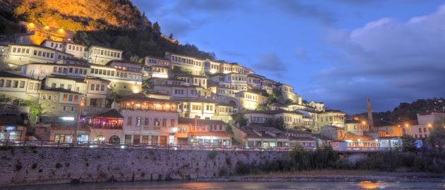 Albanija-Berat ponoči