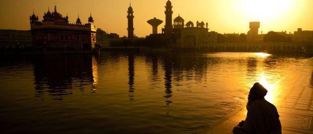 Biseri Indije-Zlati tempelj v Varanasiju