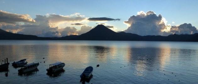 Mehika-Jezero Atitlan