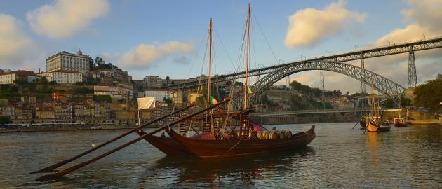 Portugalska-Ladjica na reki Douro
