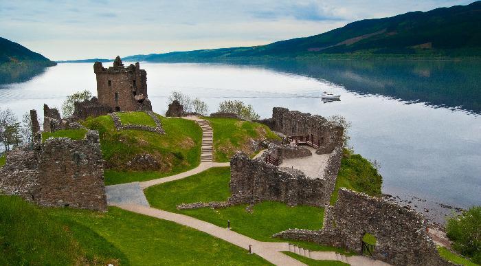 07-Loch Ness