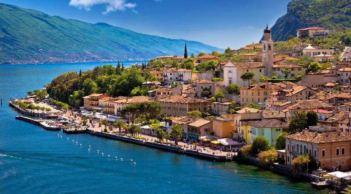 Italija, Gardsko jezero, Lombardija, ss_766785232