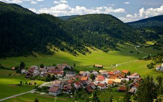 loski-potok-notranjska.com