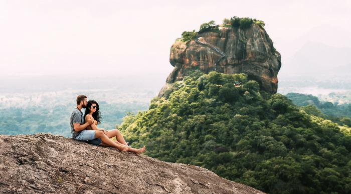 Man and woman in Sigiriya - rock.