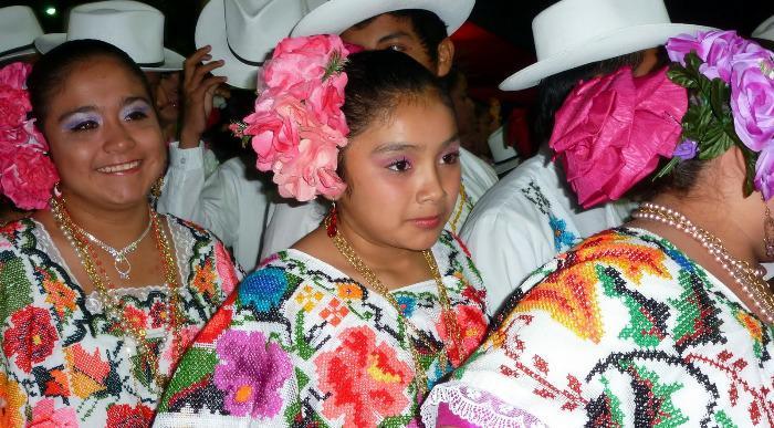 Mehika-dekleta.JPG
