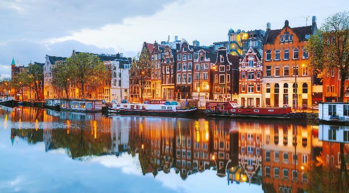 Nizozemska-Amsterdam-mesto1