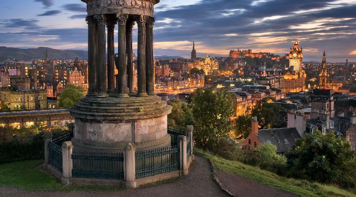 Škotska-Edinburgh - Calton Hill - večer